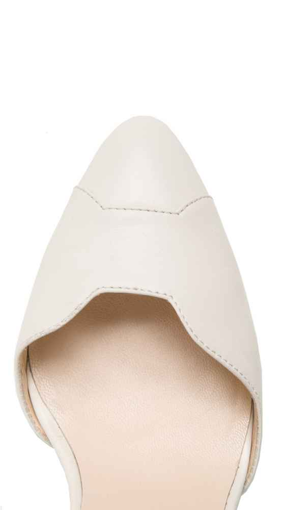 Top view of the Petite Bow Pumps