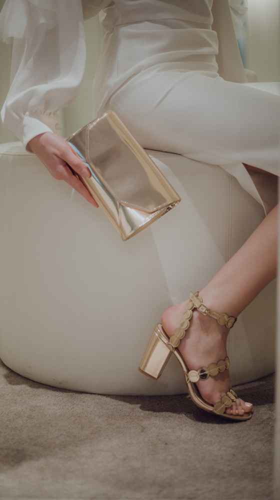 SANS SOUCI SANDAL in metallic gold