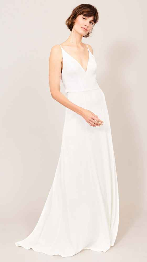 sophisticated weddingdress with deep v-neck