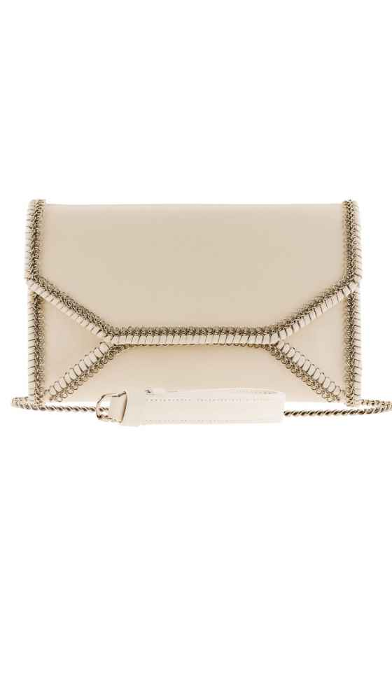 Frontview of the Envelope Clutch