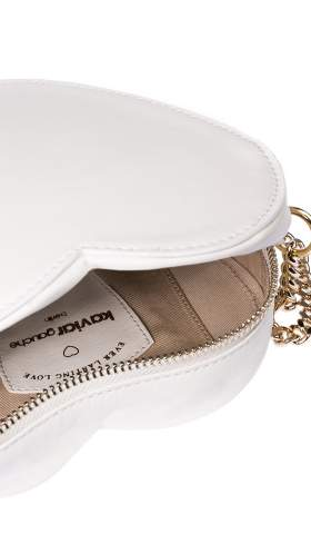 Detailshot of the Heart Bag Mini by Kaviar Gauche